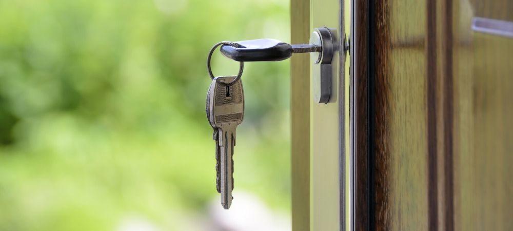 Cambriolage : 6 manières de sécuriser sa maison pendant les vacances - Brico Privé