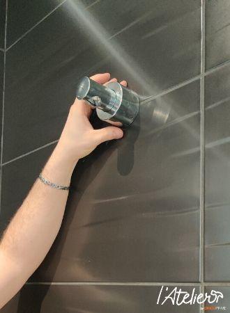 Poser une colonne de douche